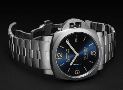 The Panerai Luminor PAM 1058 is favored by numerous strong men.