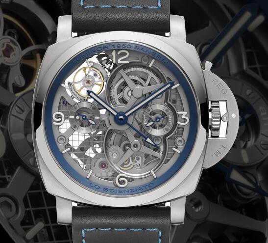 The Luminor GMT is suitable for global travelers as it could display the second time zone.