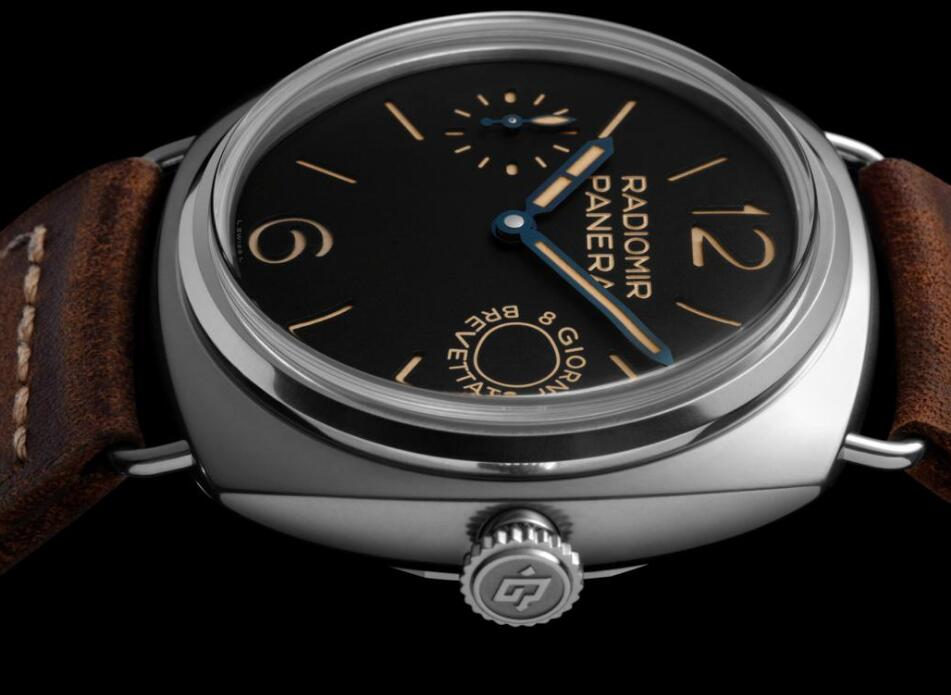 The Panerai Radiomir is created to commemorate the historical model of Panerai in the history.
