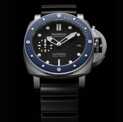 The fake Panerai Submersible is good choice for men.