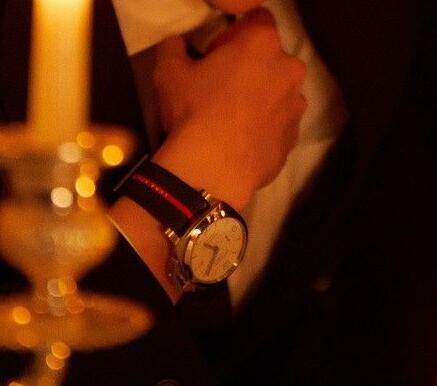 Replica Panerai watches achieve the love of male customers.