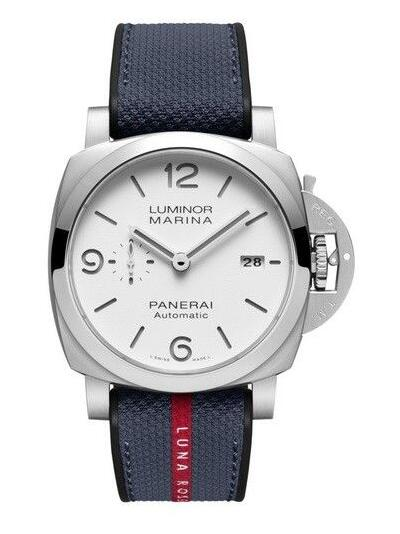 Online Panerai copy watches are simple with steel material.