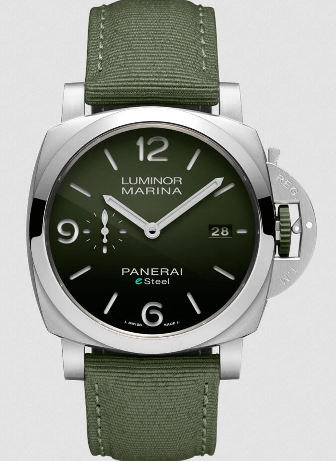 Swiss fake watches are matched with green dials and green straps.