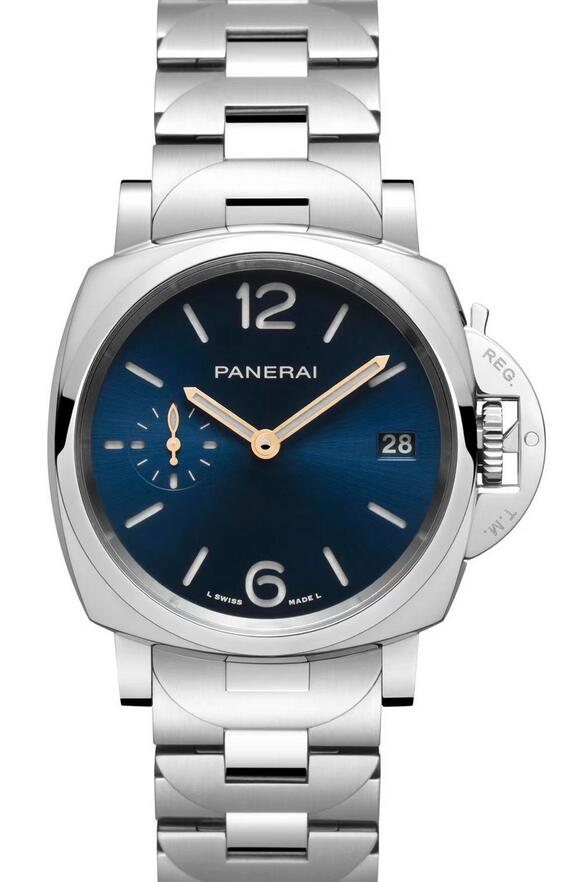 The 38mm cases assure the best delicacy for the fake watches online.